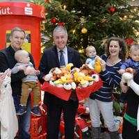 Spendenübergabe zum Nikolaustag in der Sparkasse Niederlausitz (Bild: 1/2)